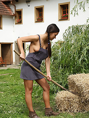Viktoria Sweet Takes Rake Handle in Pussy � 10/7/2011