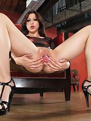 Alexa Rydell pussy close - ups