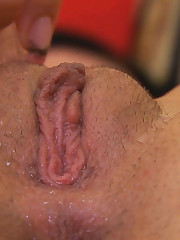 :: 18CloseUp.com ::  Sasha Rose Stuffs Ice Cubes Up her Vagina