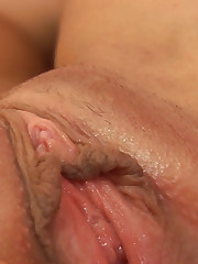 :: 18CloseUp.com ::  Emma Tongue Fucks Emily and Squirts