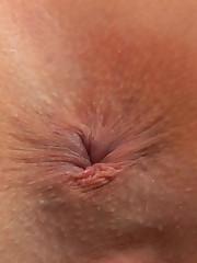 :: 18CloseUp.com ::  Emily's Incredibly Wet Orgasms!