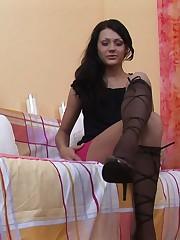 18closeup.com: Anna's Throbbing Clit Flexing! #Clit #Flex #Muscles