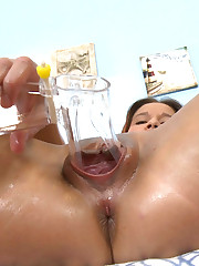 18CloseUp.com - Squeezing a Speculum with her Vagina