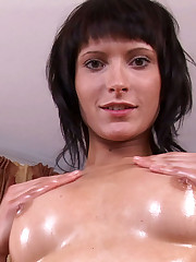 18closeup.com: Milla Reaches a Nice Long Orgasm #Pussy #Spread #Orgasm