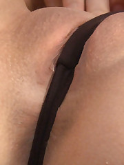 :: 18CloseUp.com ::  Hot Mona Has 3 Wild and Wet Orgasms!