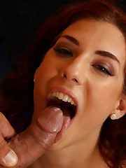 Sexy redhead enjoys pussy hither mouth action
