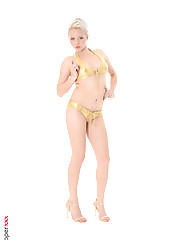 Tricia Teen virtual girl desktop full