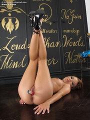 Bianca Arden wet vagina
