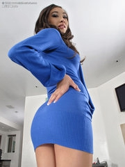 Arial Rose tight pussy