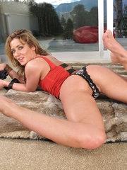 Sheena Shaw female masturbation