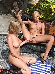 Carli Banks & Faith Get Each Other Wet - 10/5/2007