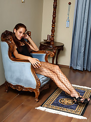 Euro Indulge Anita Pearl Shows Elsewhere Her Hot Body - 7/20/2012