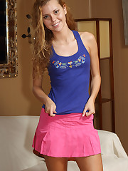 Titillating Brazilian Jessie Rogers Deport oneself Us her Clit - 9/7/2012