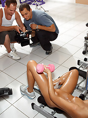 Erica Fontes Hits the Gym Before Gaped with Hurl back � 10/28/2011