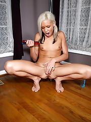 Kacey Jordan Plant a Stripper Pole - 7/8/2008