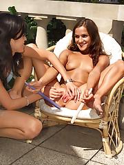 Stephanie's Cum Dripping Pussy - 8/4/2006