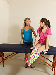 Dani Daniels Recieves an Erotic Massage from Assistant Jeanie - 8/10/2012