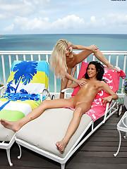 Jana Foxy & Amia Moretti in Paradise - 8/28/2009
