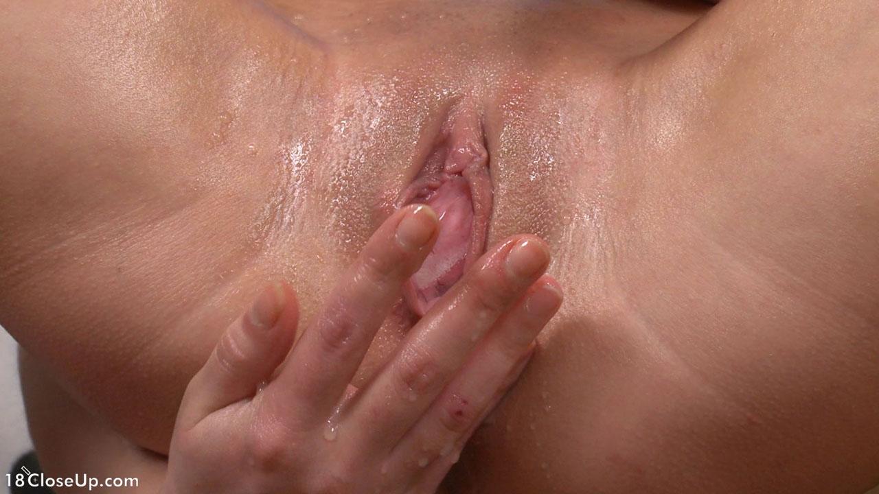masturbatsiya-vagini-krupnim-planom